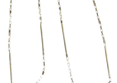 18ct yellow gold bar and chain necklace