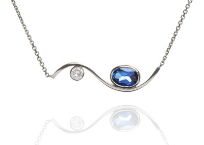 18ct white gold sapphire and diamond necklace