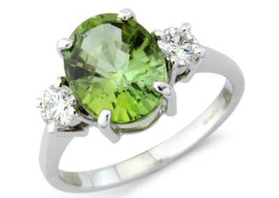 18ct white gold diamond and green tourmaline ring