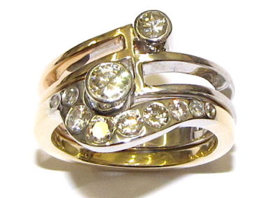 Fitted yellow and white gold rings