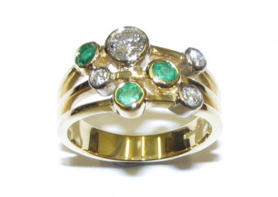 yellow gold emerald and diamond bubble ring