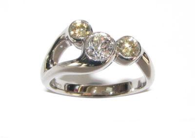 18ct white gold 3 stone diamond ring