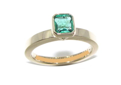 Yellow gold single stone emerald ring