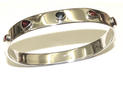 silver gemstone bangle